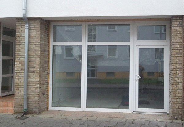 Neue elegante Fensterfront