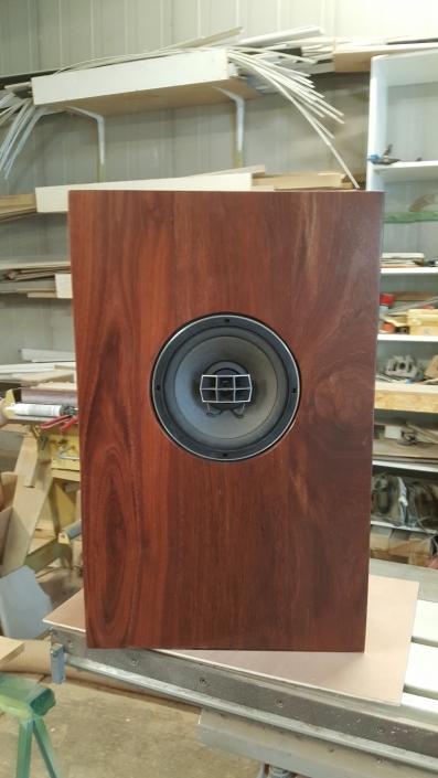 Massivholz Lautsprecher