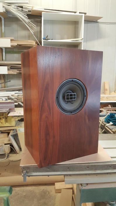Eucalyptus Holz Lautsprecher